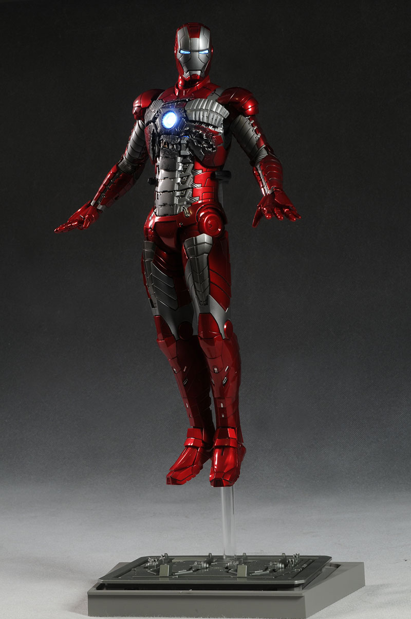 Toys For Gentleman : Review and photos of iron man mkv sixth scale action
