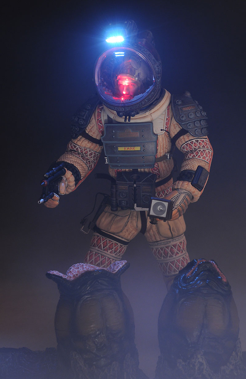 Aliens Kane, Dallas 1/6th action figures by Hot Toys