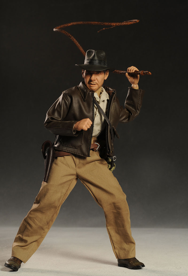 Review and photos of Sideshow Kingdom of the Crystal Skull