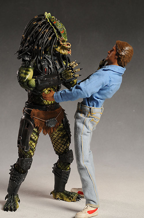 Lost Predator sixth scale action figure by Hot Toys