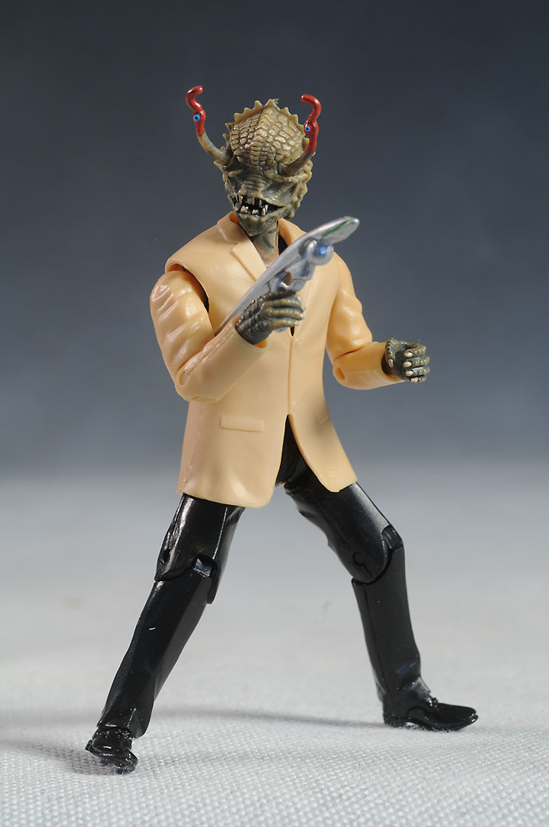Review and photos of Men in Black 3 action figures by ...