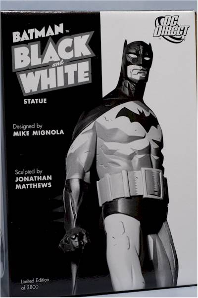 Batman Black & White Mike Mignola statue by DC Direct