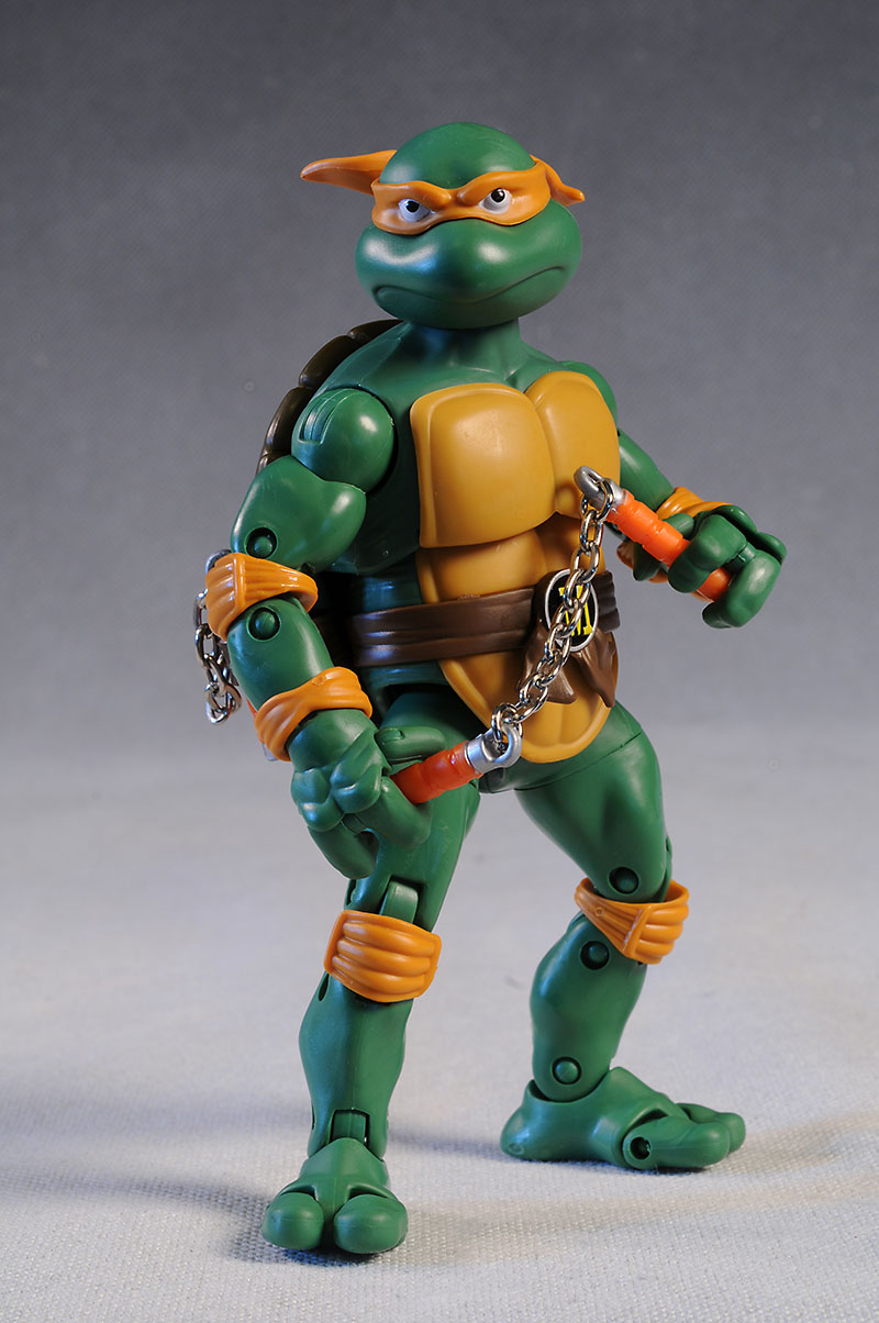 Teenage Mutant Ninja Turtles 2012 Toys : Review and photos of new classic tmnt michelangelo action