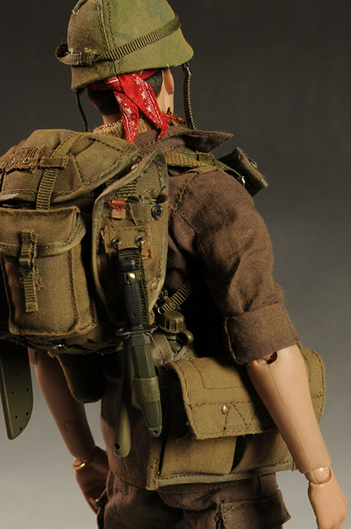 Platoon Chris Taylor sixth scale figure by Hot Toys