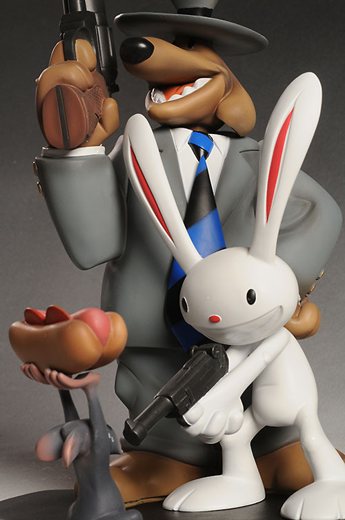 Sam and Max statue by Symbiote Studios