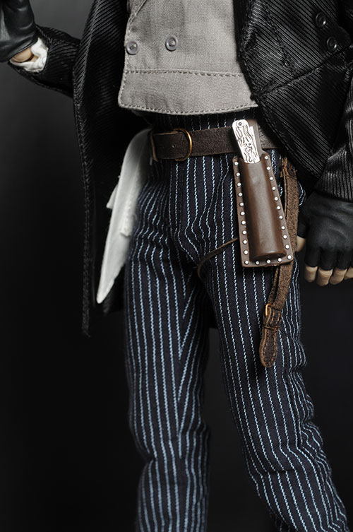Sweeney Todd sixth scale action figure by Hot Toys