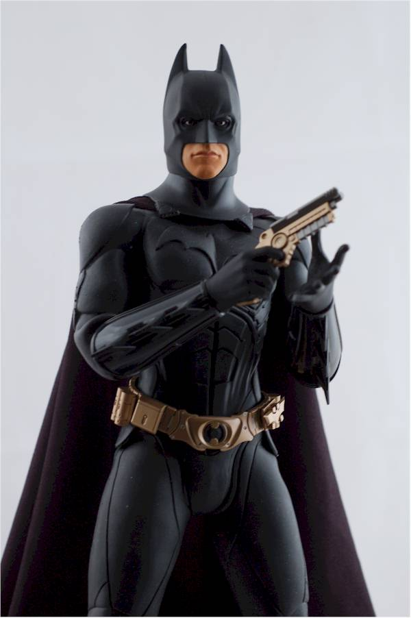 Batman Begins 1/6th action figure comparison review