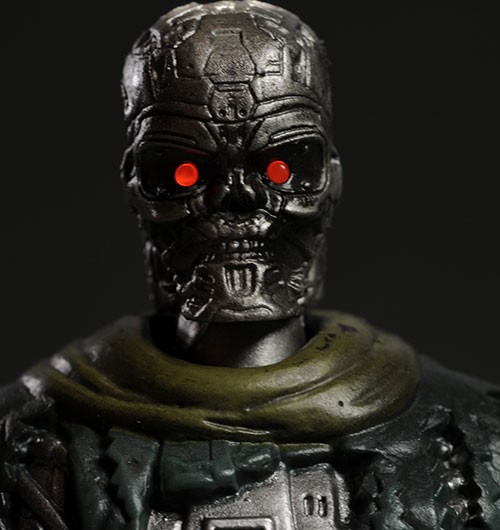 Terminator Salvation T-600 Action Figure by Playmates?