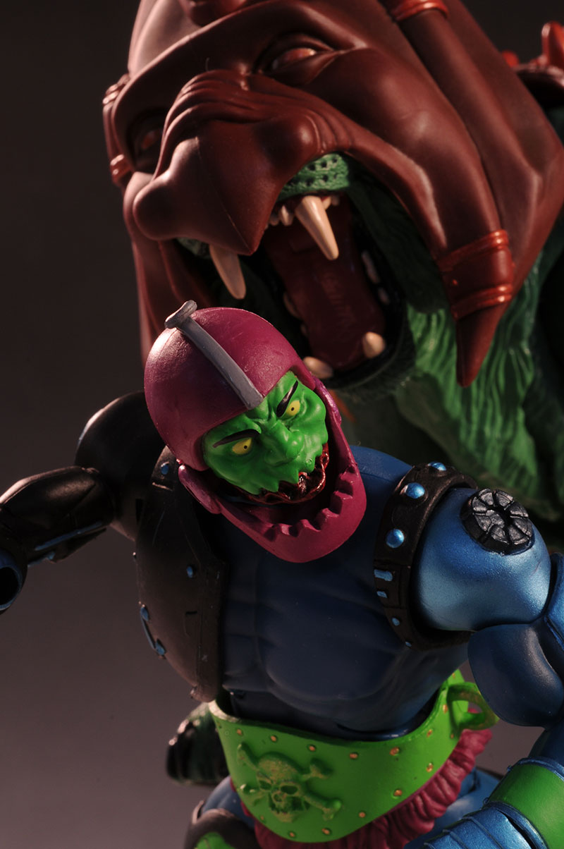 MOTUC Trap Jaw action figure