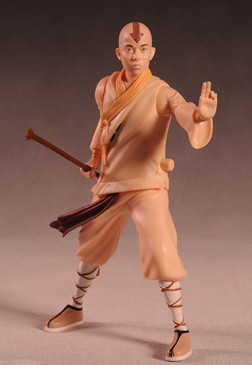 Last Airbender Ultimate Battle Aang action figure by Spinmaster