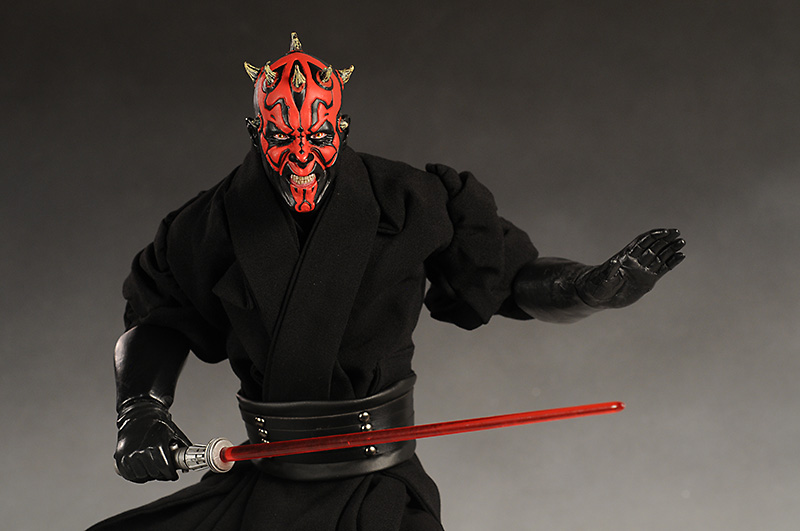 Review and photos of Ultimate Quarter Scale Darth Maul ...