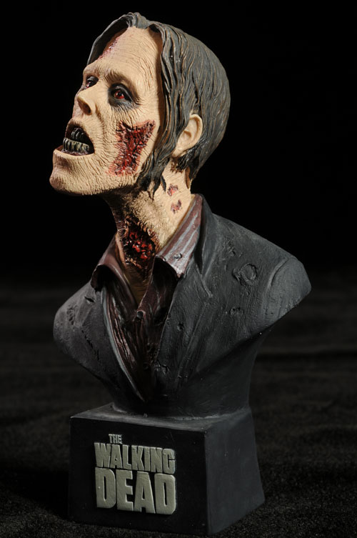 Walking Dead Tank Walker bust by NECA