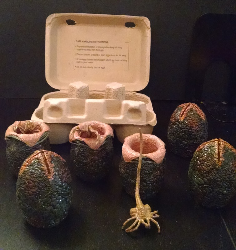 Alien Egg Carton by NECA
