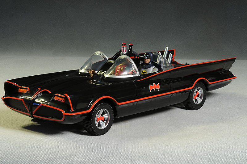 review_66batmobile_1.jpg