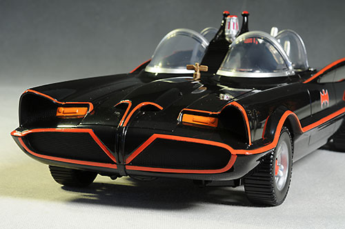 review_66batmobile_3.jpg
