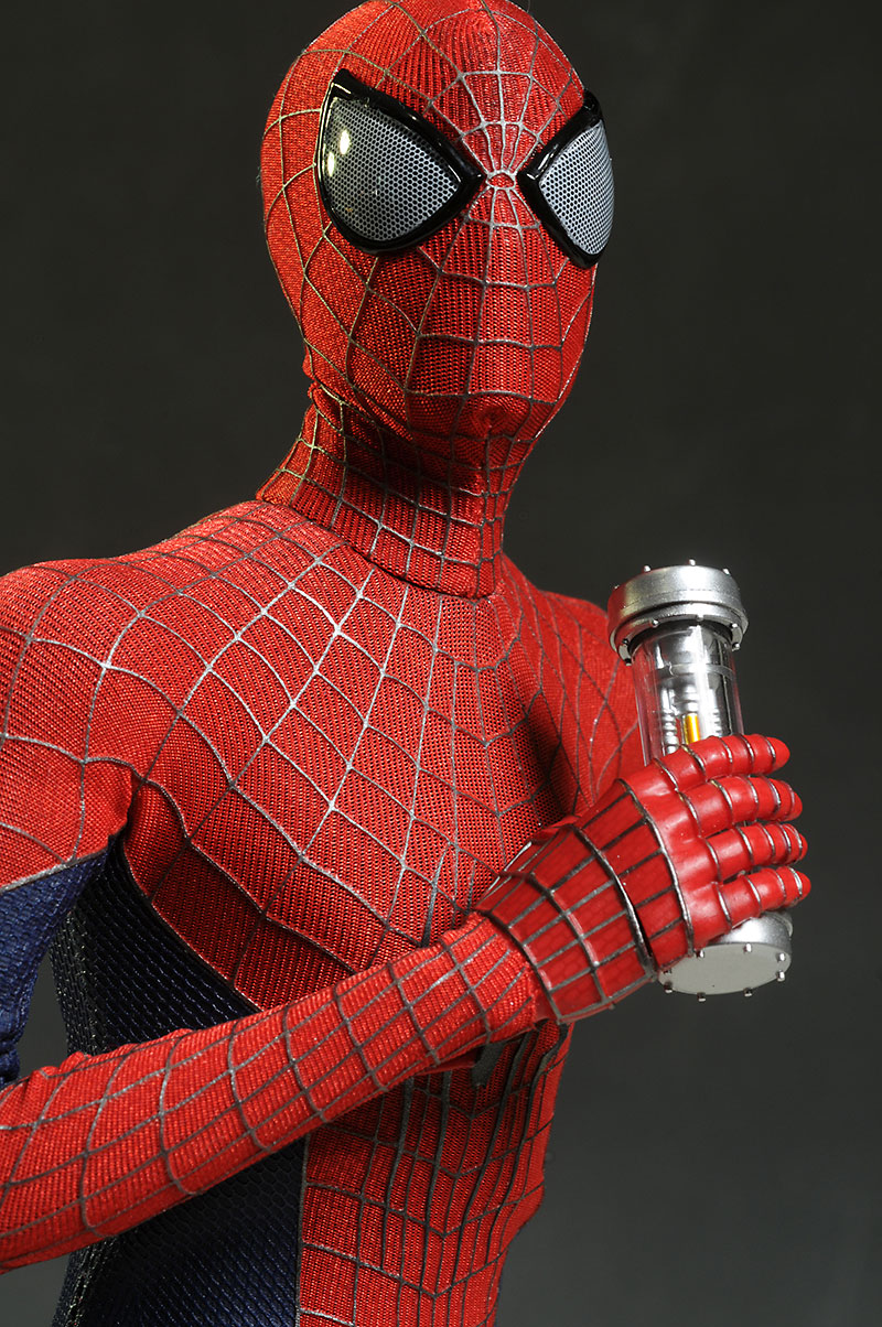 Hot Toys Amazing Spider-man 2 action figure