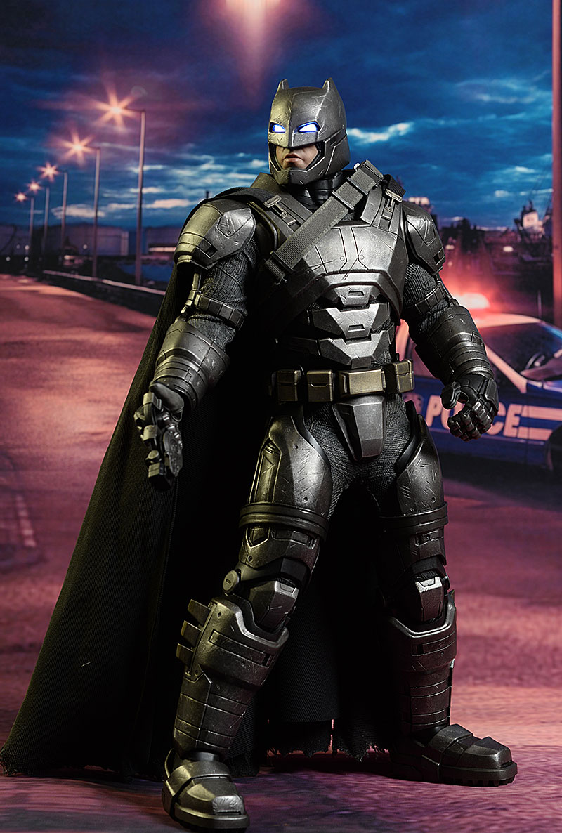 Armored Batman One:12 Collecive & sixth scale action figures by Mezcoi - Hot Toys