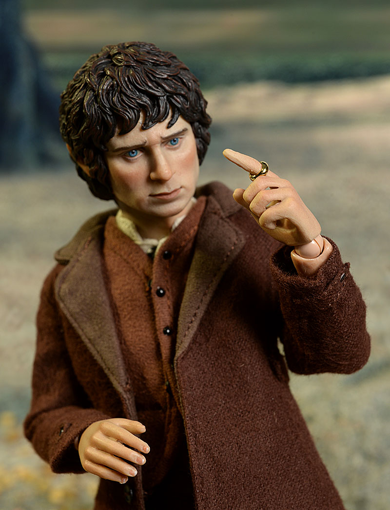 Lord of the Rings Frodo 1/6th action figure by Asmus Toys