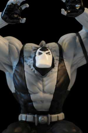 Review And Photos Of Batman Black Amp White Bane Statue By Dcc