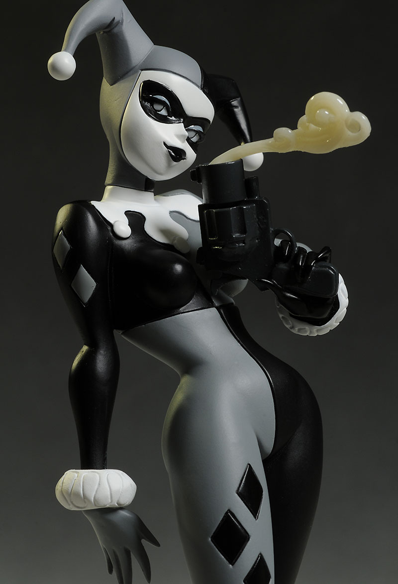Harley Quinn Batman Black and White statue by DC Collectibles