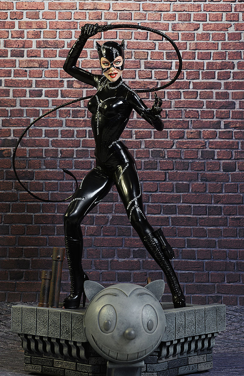 Batman Returns Catwoman Pfeiffer Statue by Tweeterhead