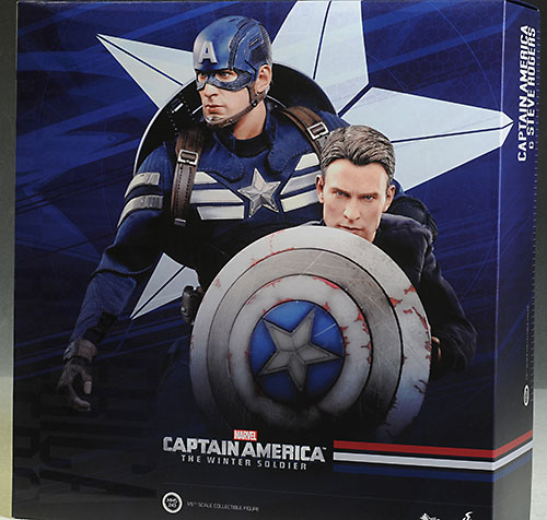 Hot Toys Captain America/Steve Rogers two pack action figures