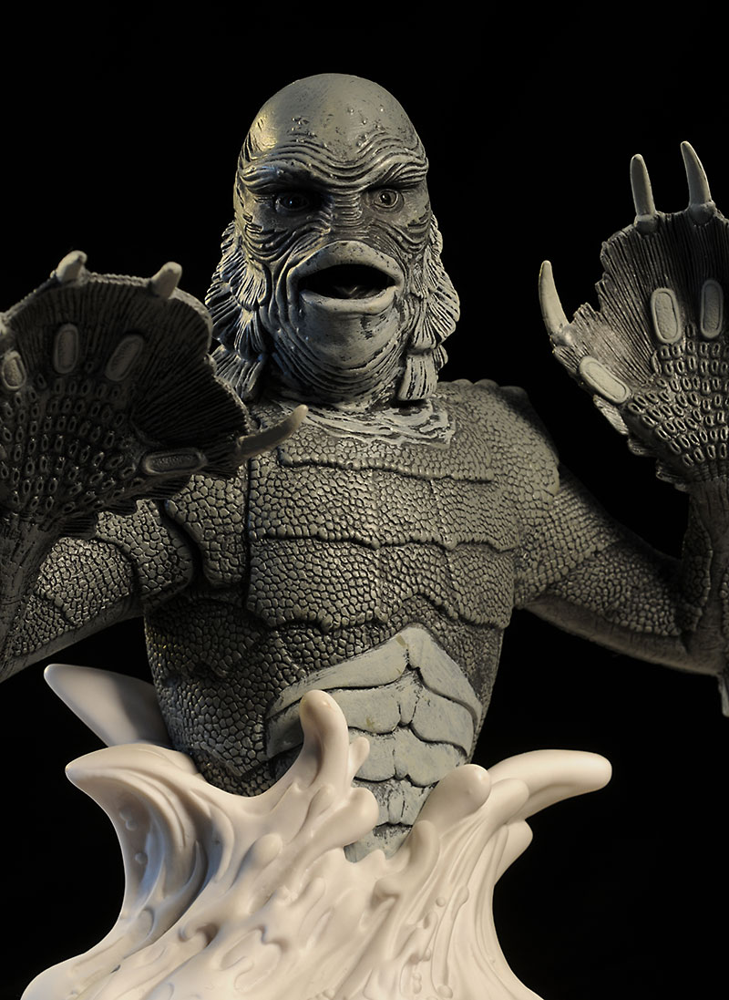 Creature from the Black Lagoon Universal Monsters bank by Diamond Select Toys