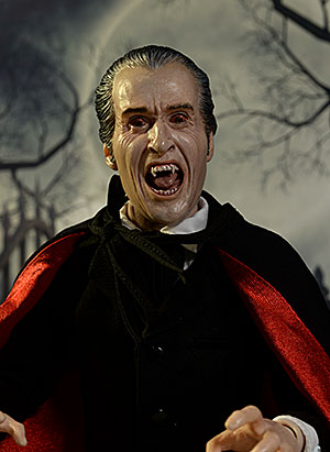 Review and photos of Christopher Lee Dracula 1/6th scale ...