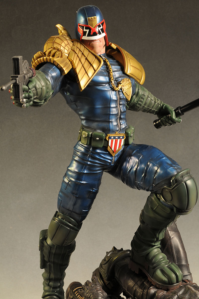Judge Dredd exclusive statue by Pop Culture Shock