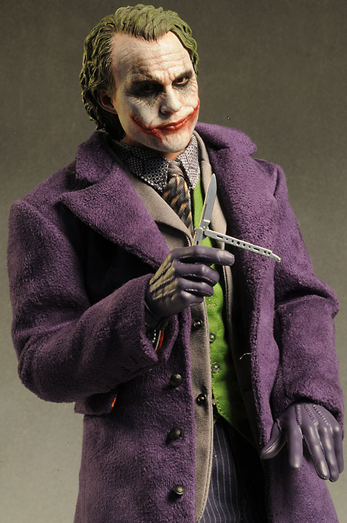 Joker 2.0 DX11 Dark Knigh action figure by Hot Toys
