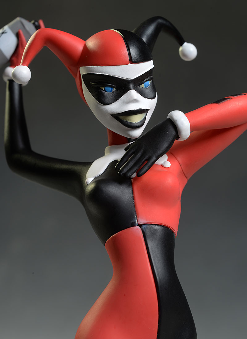 Femme Fatales Harley statue by Diamond Select Toys