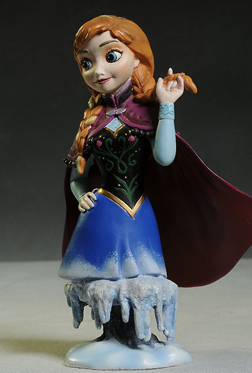 Frozen Anna and Elsa Mini-busts by Grand Jester