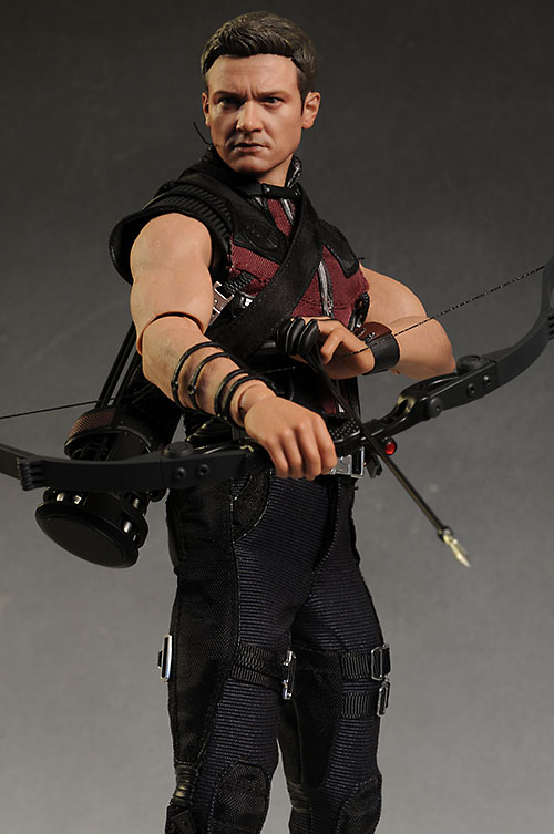 Hawkeye Avengers sixth scale action figure by Hot Toys