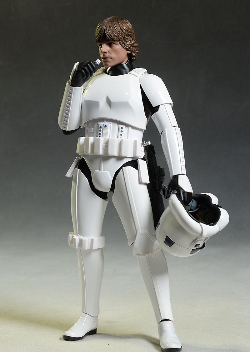 Luke Skywalker in Stormtrooper Disguise figure by Hot Toys