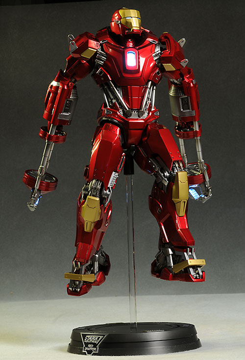 Iron Man MK35 power pose action figure by Hot Toys