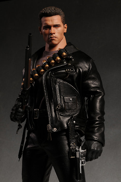 Terminator T-800 DX10 sixth scale action figure by Hot Toys