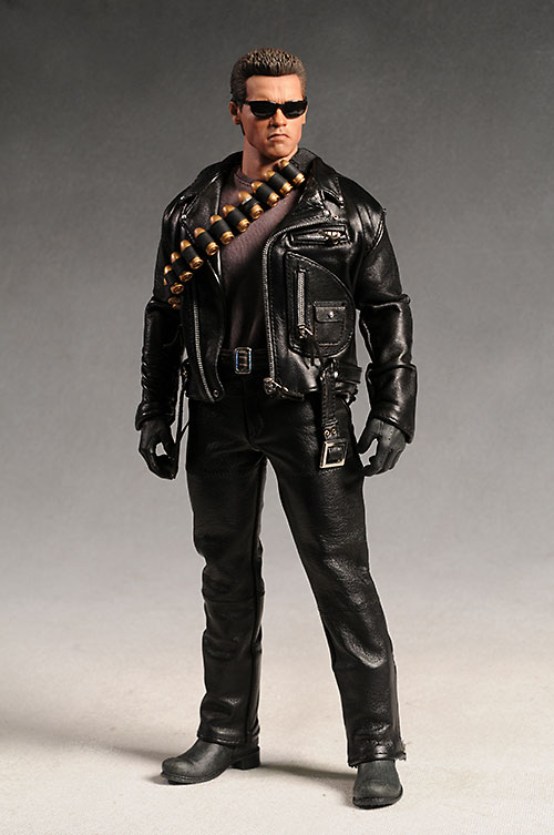 Terminator 2 T-800 DX10 action figure by Hot Toys