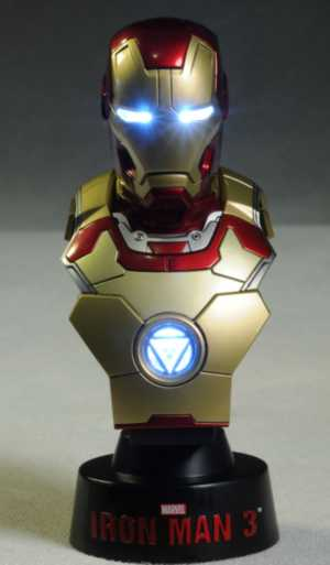 review    hot toys iron man  mini busts