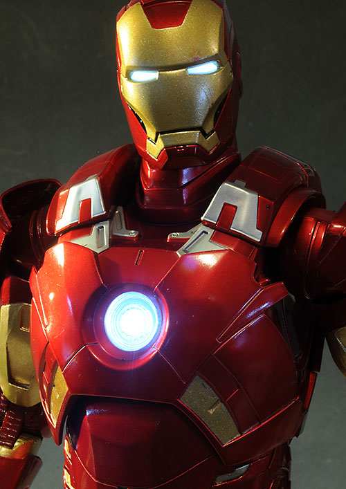 Iron Man Avengers 1/4 scale action figure by NECA