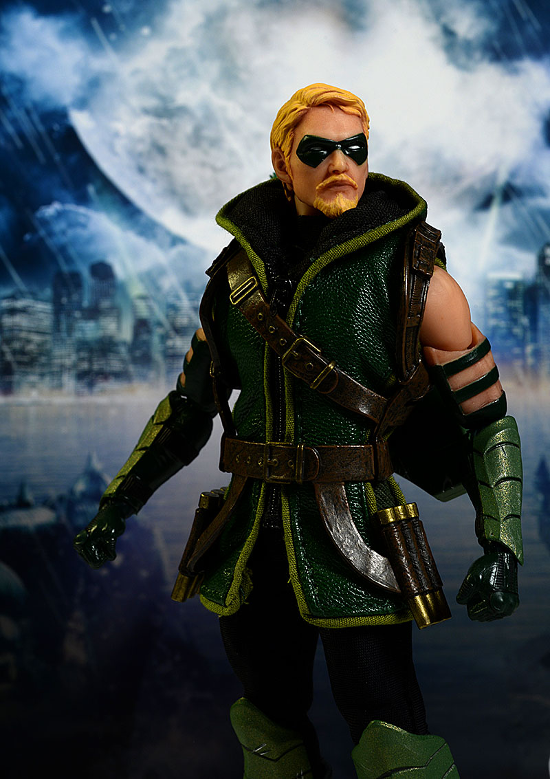 One:12 Collective Green Arrow action figure by Mezco Toyz