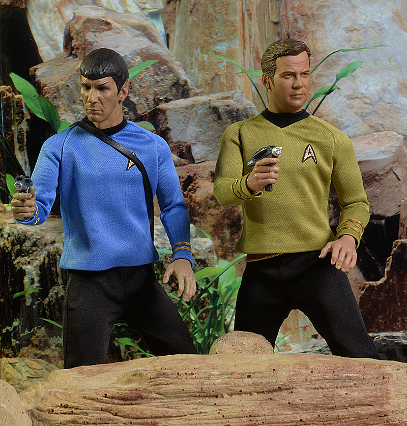 Star Trek Captain Kirk, Mr. Spock sixth scale action figure by Qmx