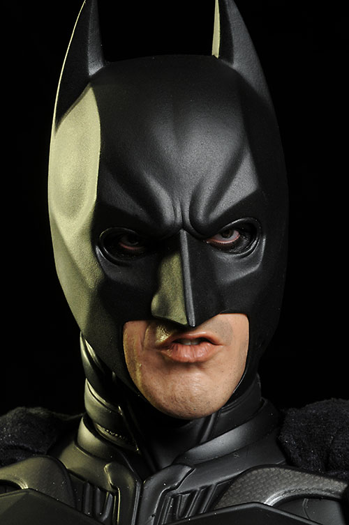 Dark Knight Rises Batman 1/4 scale action figure by Hot Toys