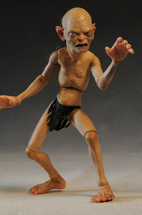 Lord of the Rings Gollum 1/4 scale figure by NECA
