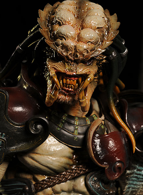 Samurai Predator sixth scale action figure by Hot Toys