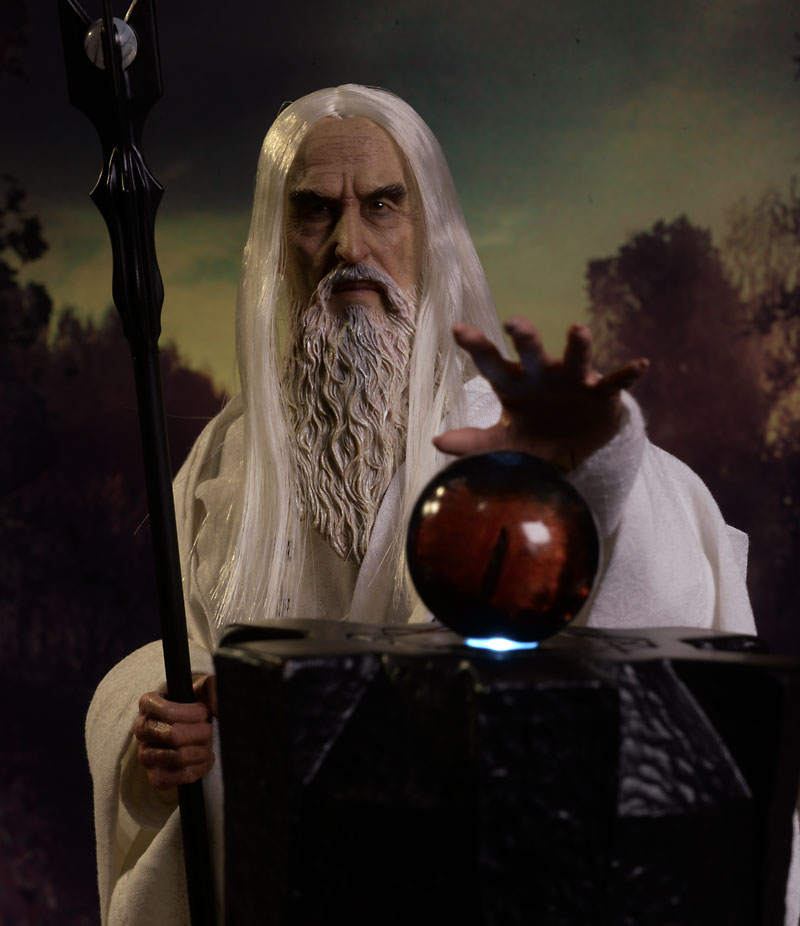 Lord of the Rings Saruman sixth scale figure by Asmus