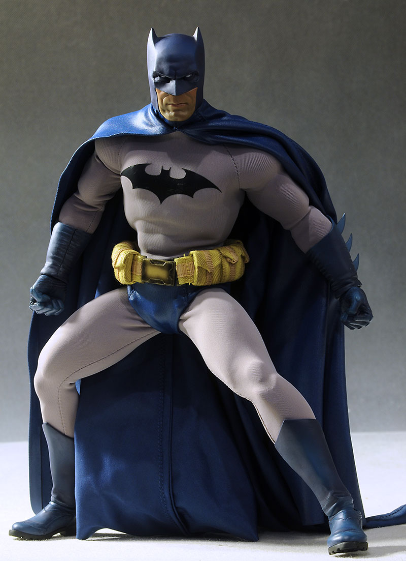 Comic Batman 1/6th action figure by Sideshow Collectibles