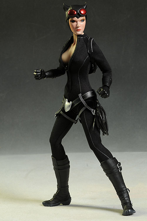Catwoman DC sixth scale action figure by Sideshow Collectibles