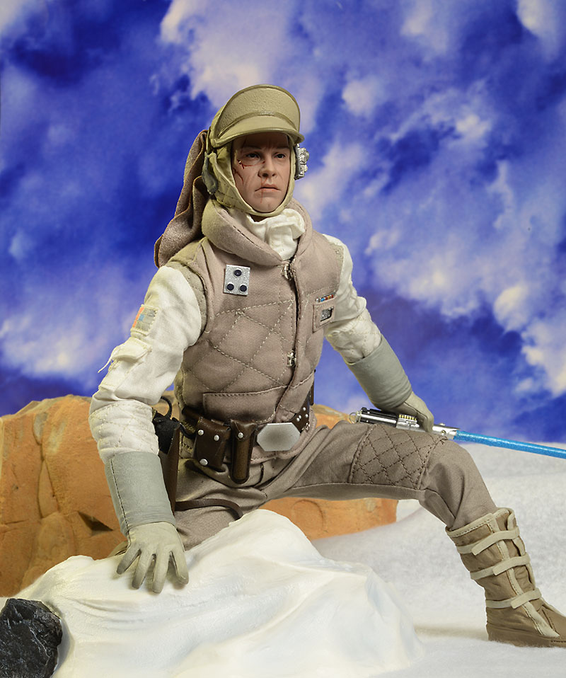 Hoth Luke Skywalker action figure from Sideshow