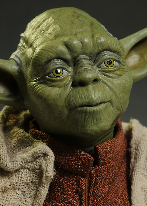Yoda Star Wars sixth scale action figure by Sideshow Collectibles