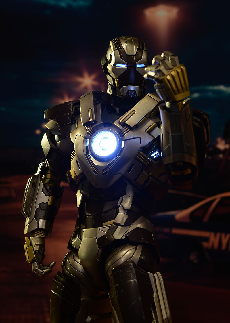 Iron Man MK XXIV Tank action figure by Hot Toys